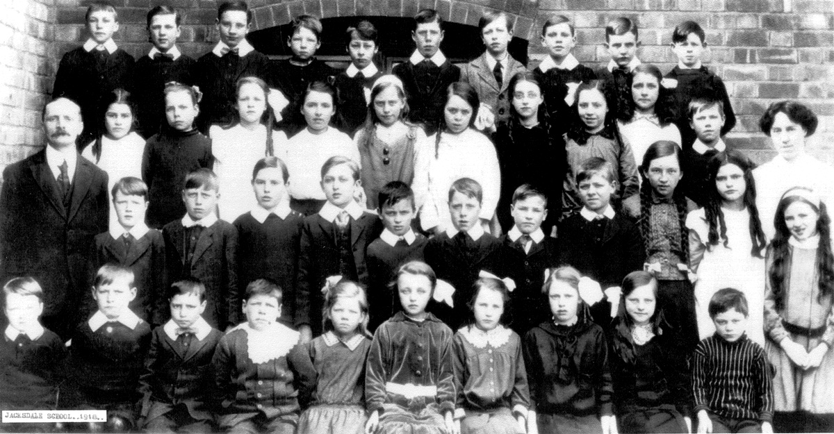 Jacksdale School 1918 Names Available