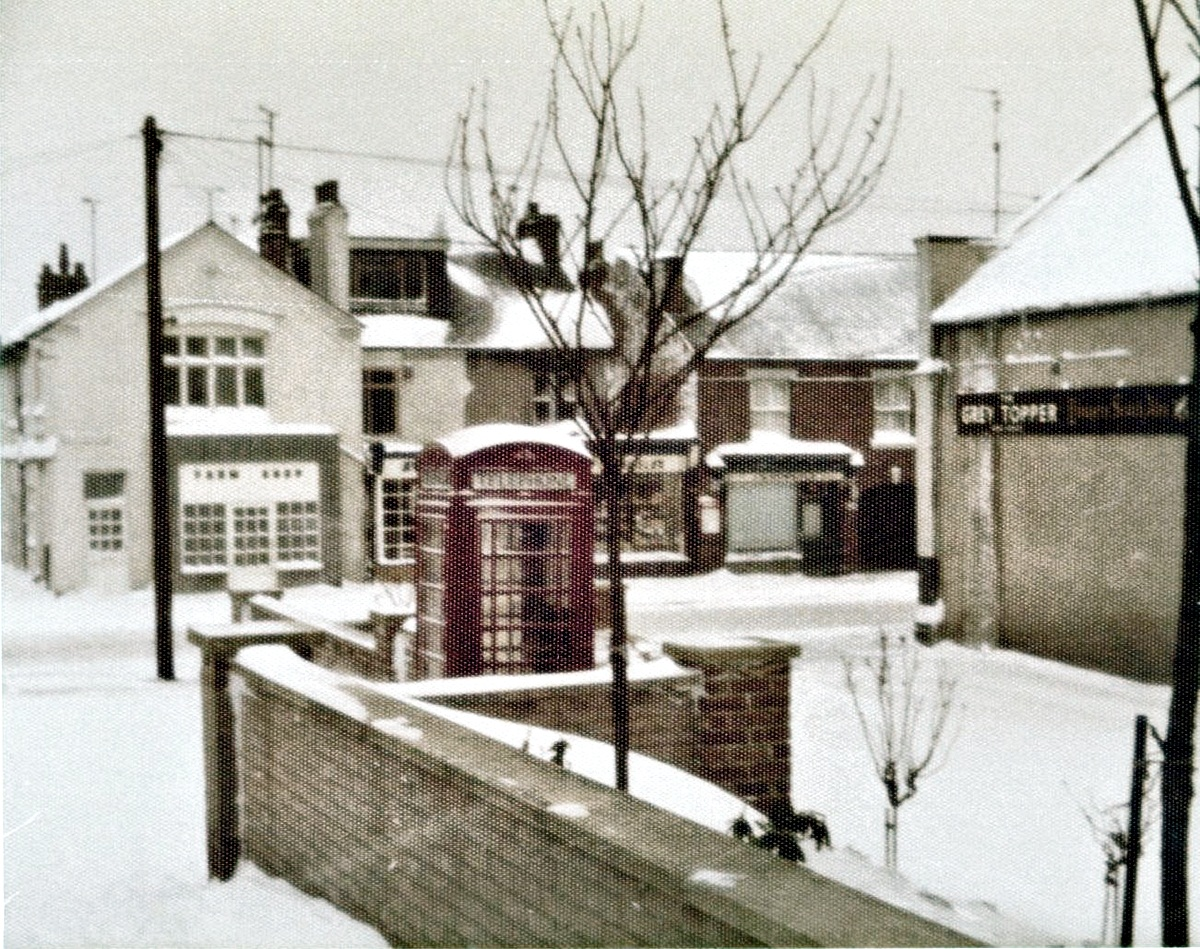 Corner of Main Rd Grey Topper on right & Selston Road in background