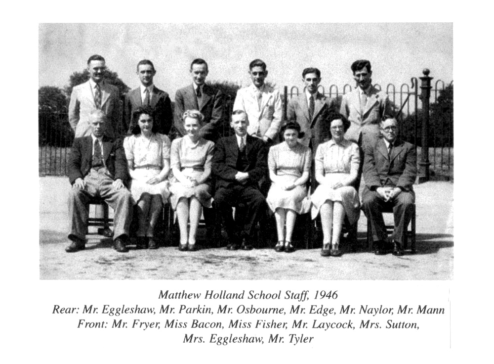 1946 The school\'s first teaching staff