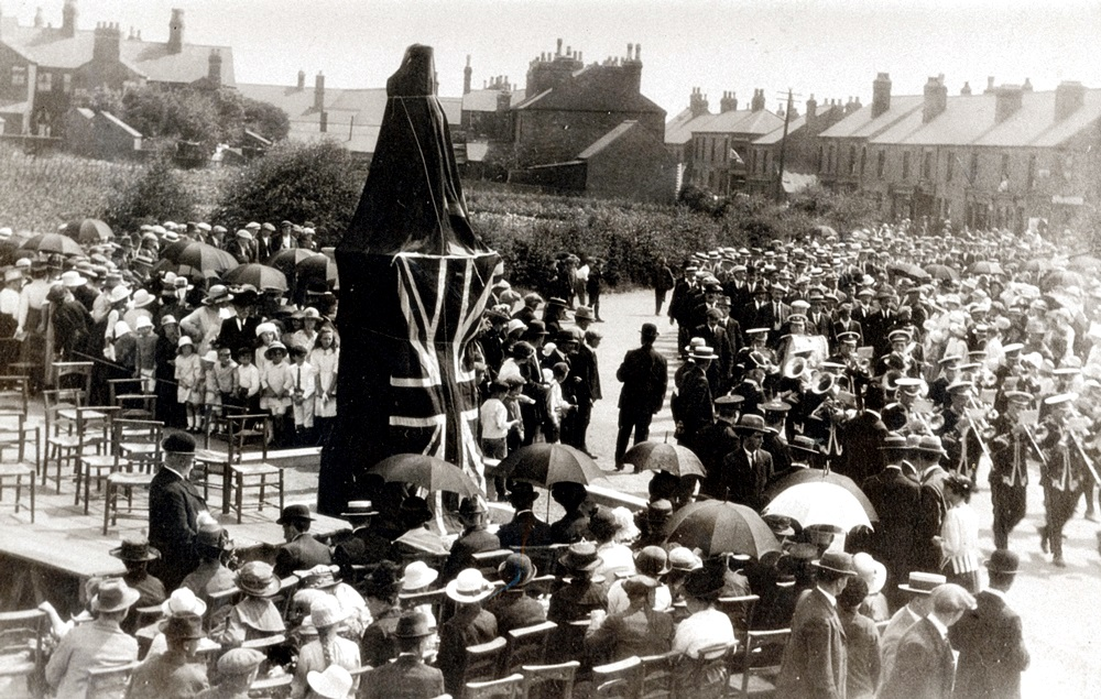 1921 The unveiling